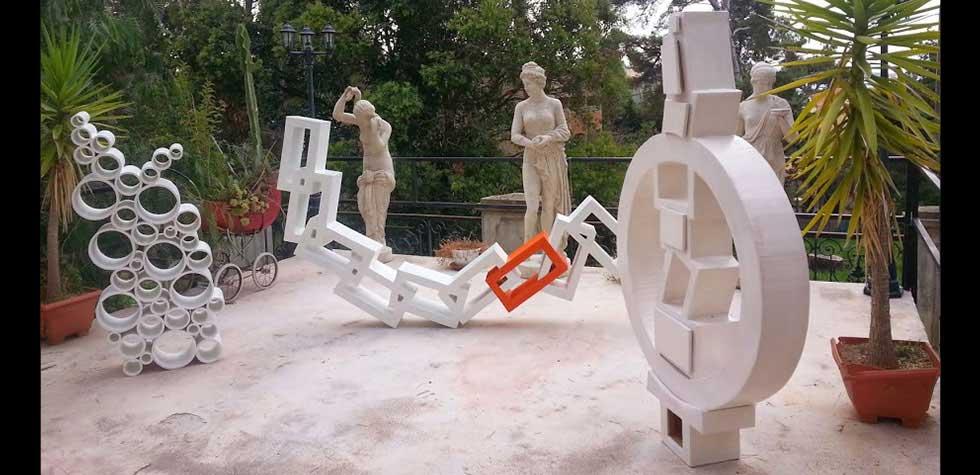 Carton sculptures expositions Suzy Foscolo